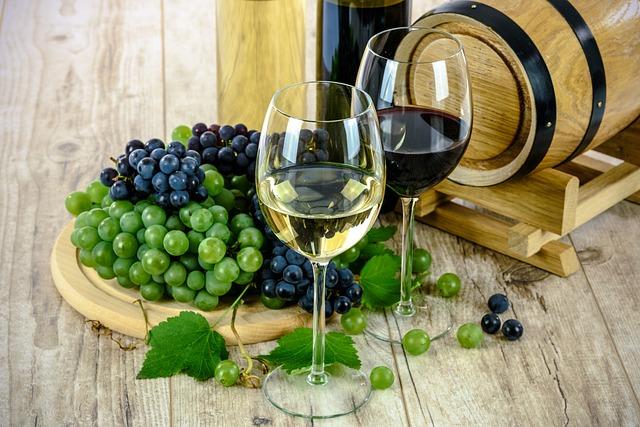 wines-1761613_640